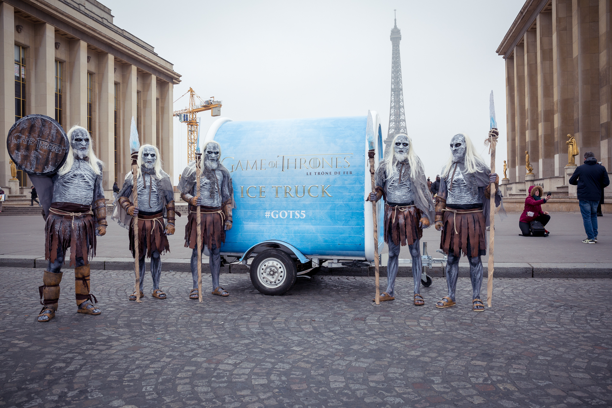 PARIS, FRANCE - March - 19: Les passants  et les Marcheurs Blancs  on March 19 in Paris, FRANCE. (Photo by Olivier Vigerie/Contour by Getty Images)